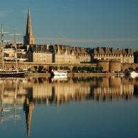 Savourez les trésors de la mer entre Cancale et Saint-Malo + Ménage et Petits déjeuners – Bon cadeau